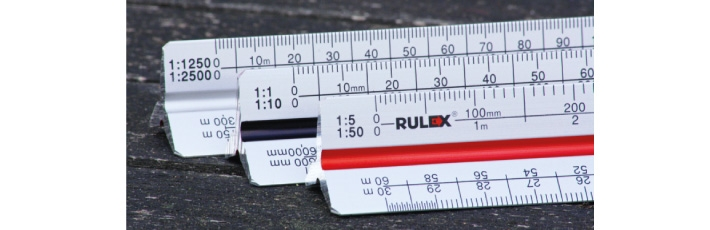 Metal triangular scale ruler